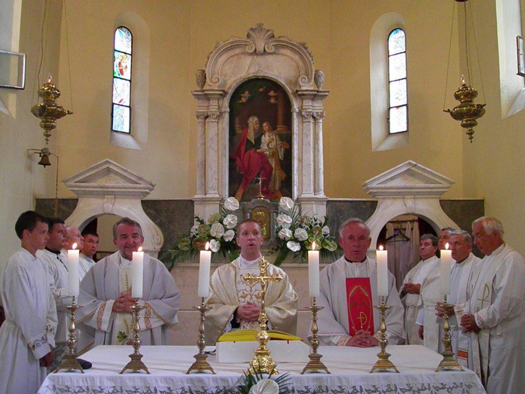 Blagdan sv. Ane u Đurićima u znaku mladomisničkog slavlja