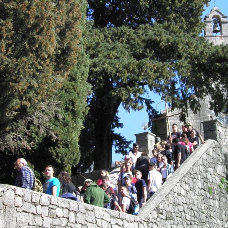 Deseti planinarski križni put mladih Kotorske biskupije