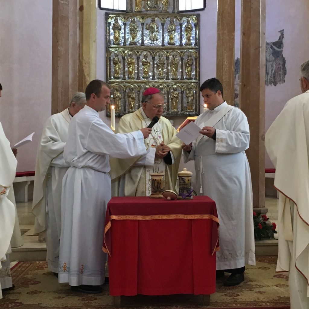 Misa posvete ulja u katedrali