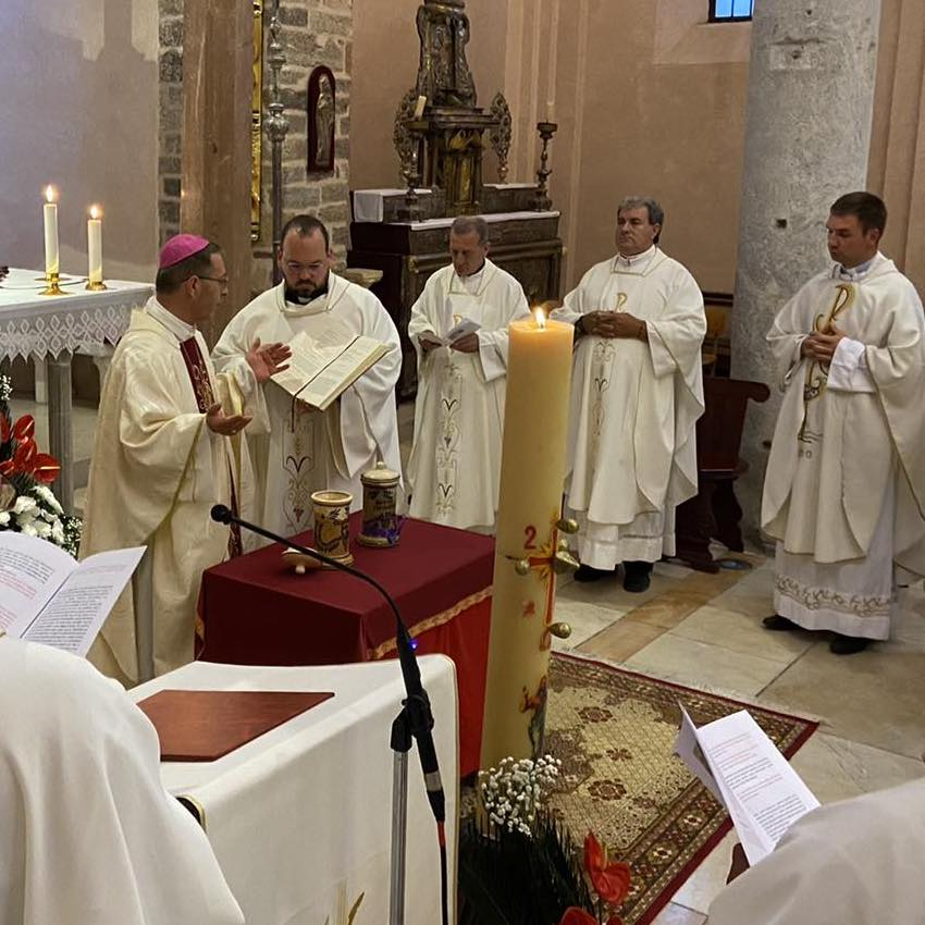 Misa posvete ulja u Kotorskoj katedrali