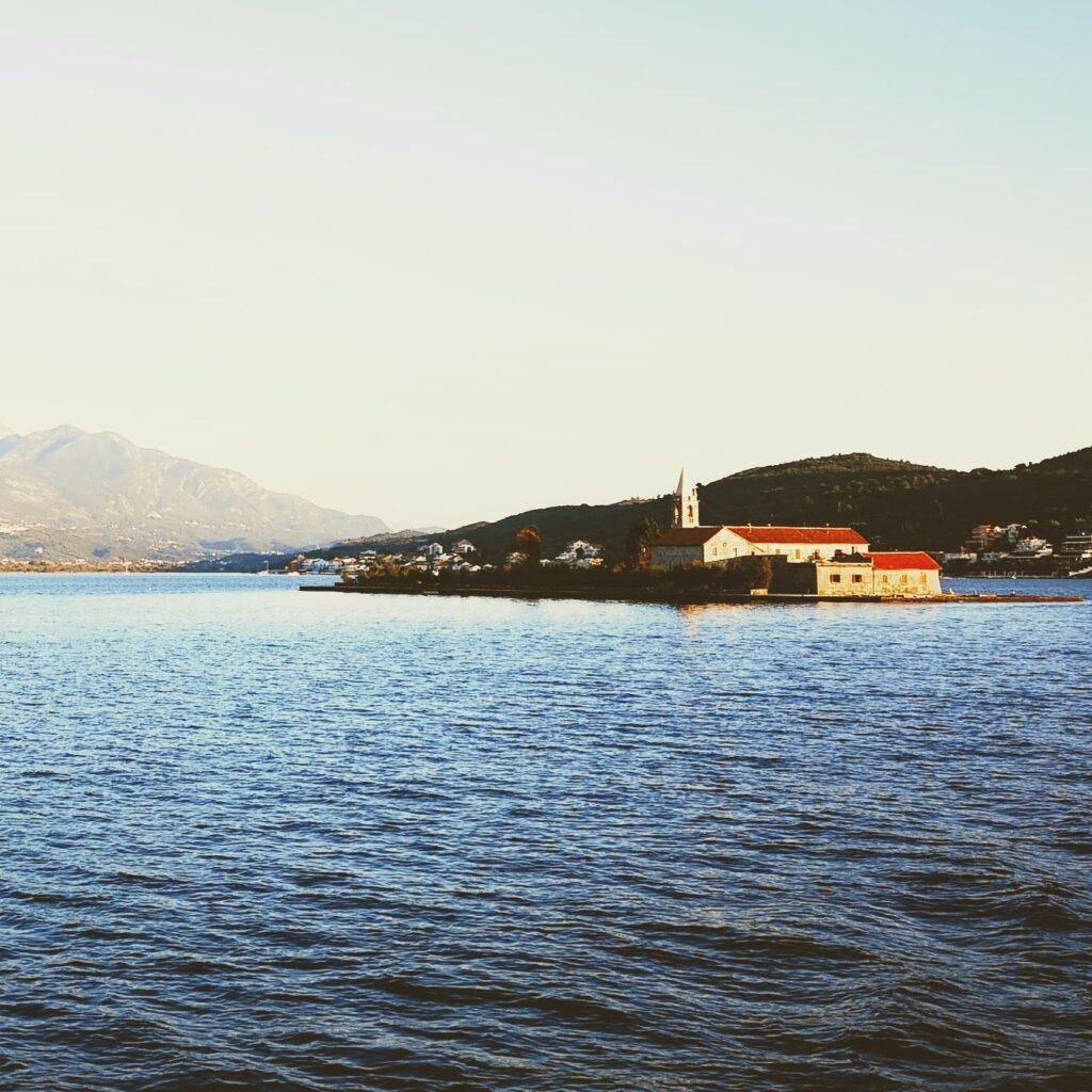 Hodočašća na otok Gospe od Milosti